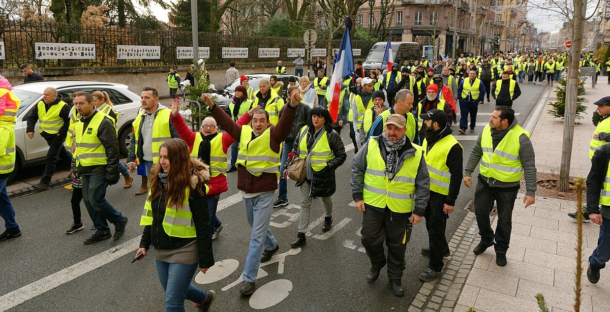 Yellow vests movement – Wikipedia