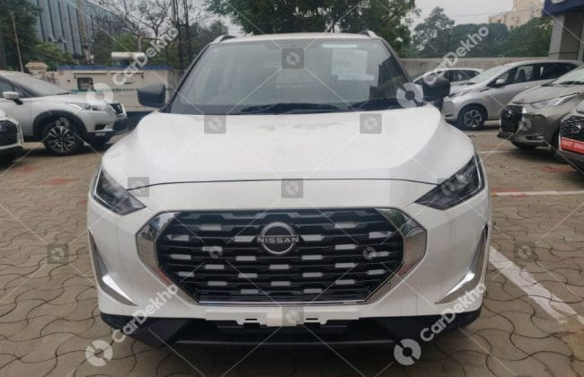Rs 4.99 Lakh Nissan Magnite XE Detailed In Images