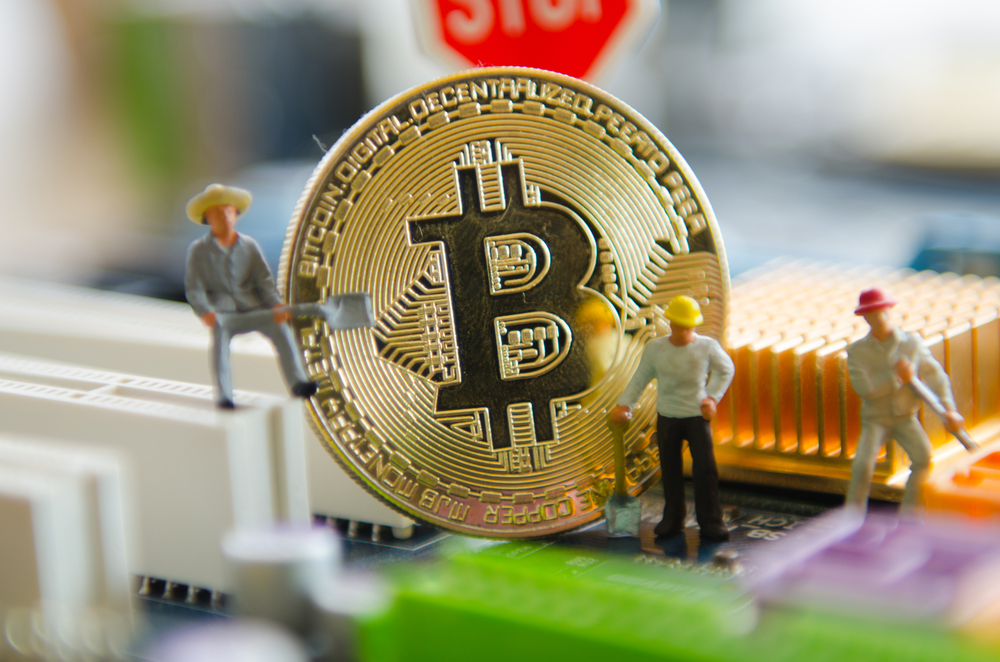 Crypto Growth Is a 'Far Greater Danger to the World Economy' – Economics Bitcoin News